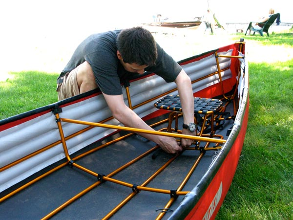 Securing the stern seat of the Pakcanoe